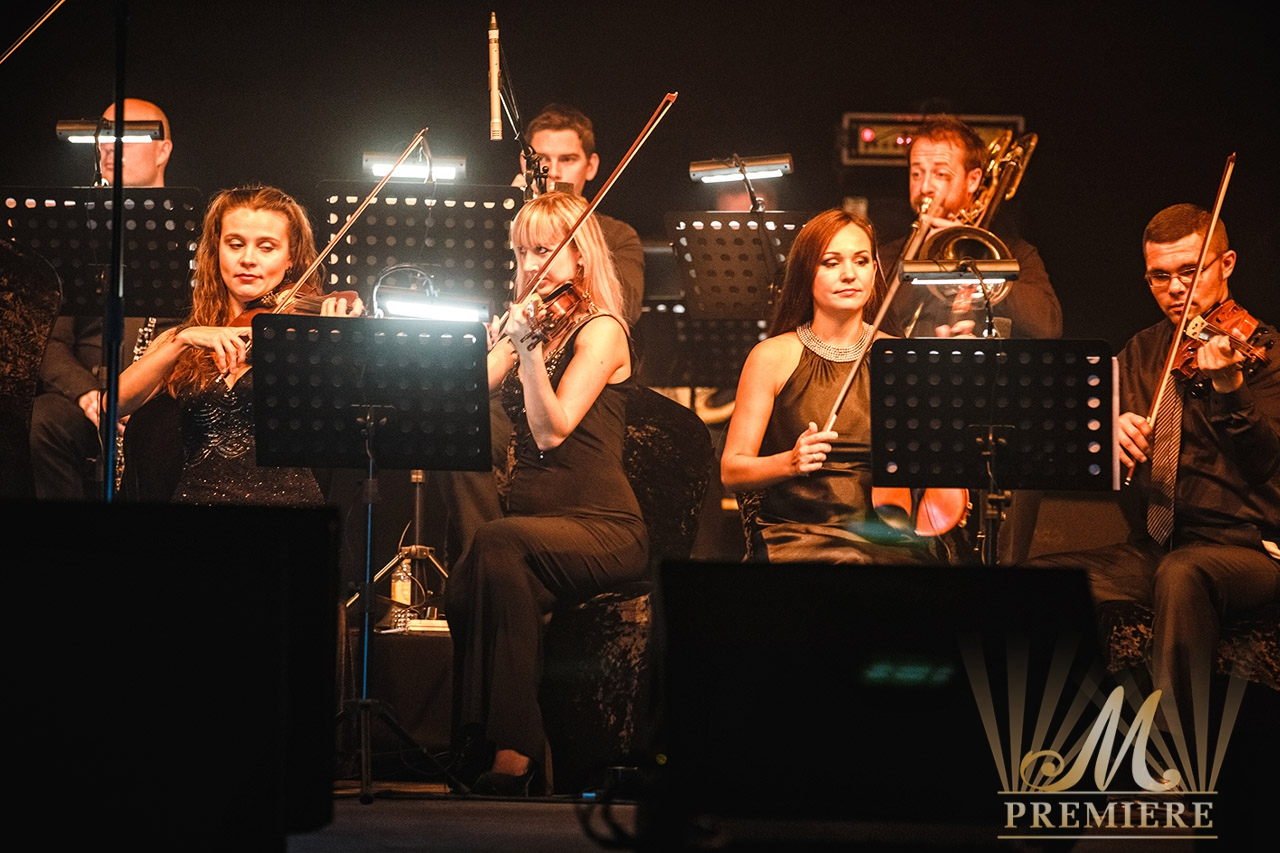 Event entertainment and live music events in dubai from m for Music entertainment